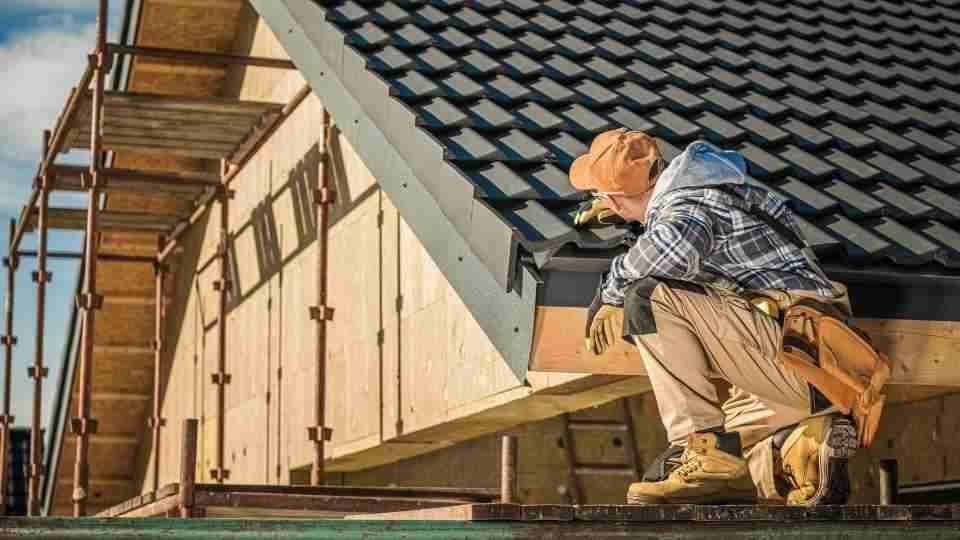 What You Should Look For Before Hiring A Roofing Contractor In Coldwater, MI?